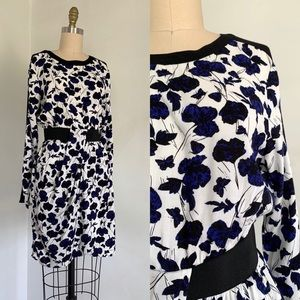 Warehouse | Blue and White Floral Dress 6